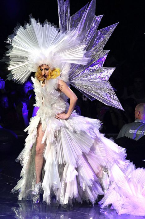 lady gaga fashion, lady gaga costumes, lady gaga outfits