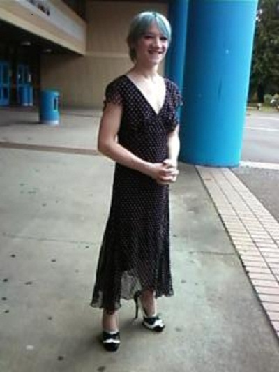 boy wears dress to school, sam saurs, port orchard boy dress, boy suspended for wearing dress