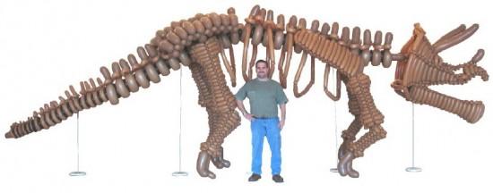 balloon dinosaur, life size balloon dinosaur, balloon stegosaurus