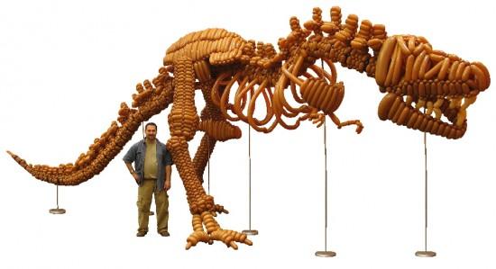 balloon t-rex, life-size balloon dinosaur, life-size balloon tyranosaurus