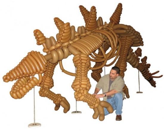 balloon dinosaur, balloon dinosaurs, life size balloon dinosaurs