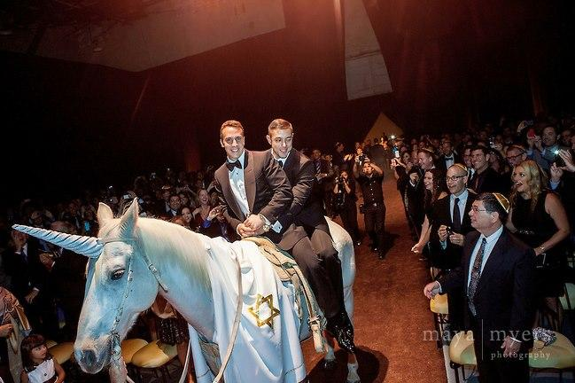 Watch The Video Of Gay Jews Who Rode Into Their Hollywood Wedding On A Jewnicorn