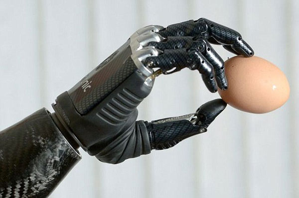 bionic arm, reporter, prosthetic limb, robot arm, science, biokinetics