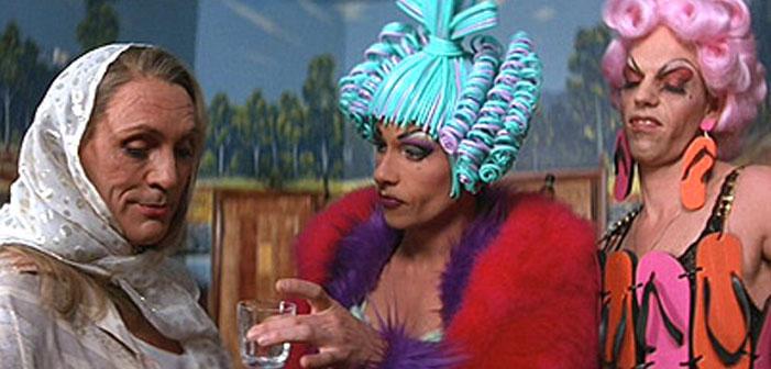 10 Ótimos Filmes Drag Para Se Engasgar Agora Que 'Rupaul's Drag Race' Terminou