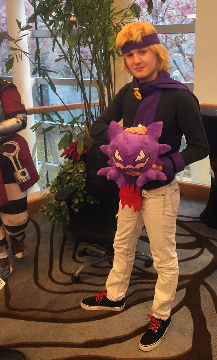 GaymerX, cosplay, video games, geek, costume, Pokemon, Haunter, Ghastly, evolved, man