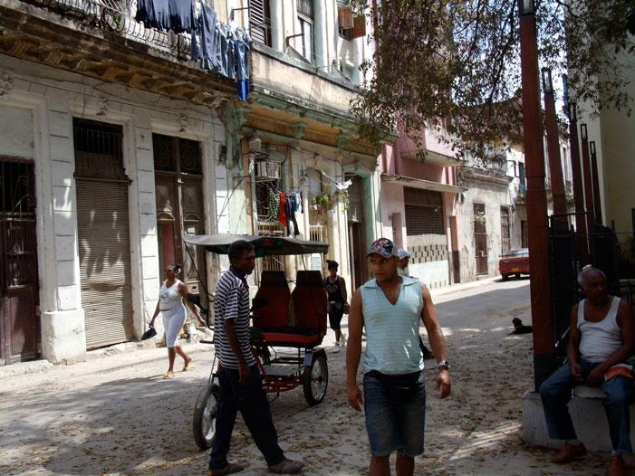 Havana, Cuba, rickshaw, driver, bicycle, street, photo, picture