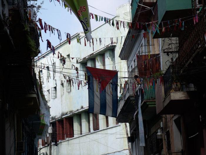 Havana, Cuba, street, alley, photograph, picture, flag