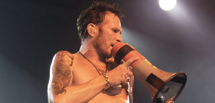 scott weiland, stone temple pilots, velvet revolver, chris brown, new order, music news, music
