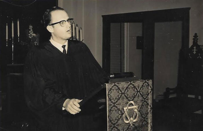 Charles R. Moore, Methodist, minister, Grand Saline, Texas, immolation, suicide, fire, Grand Saline