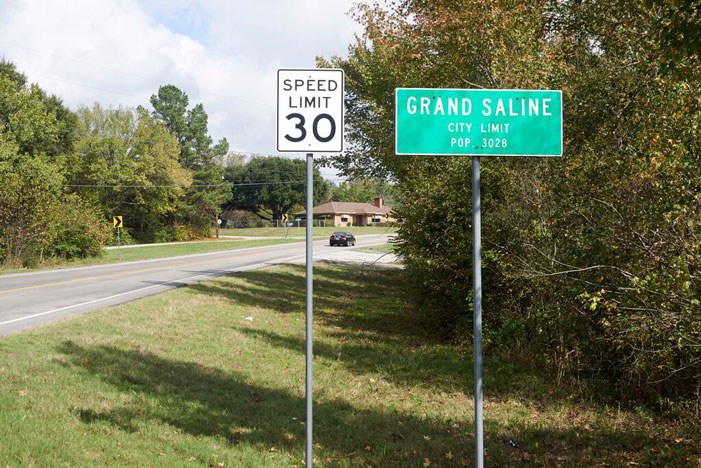Grand Saline, east, Texas, sign, population, highway