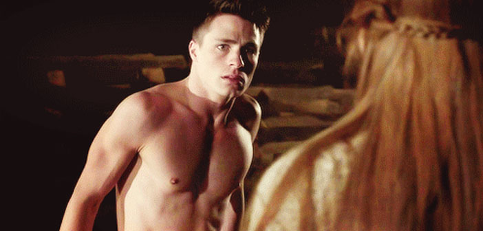 "O Astro de ""Teen Wolf""/""Arrow"" Colton Haynes Sai do Armário"