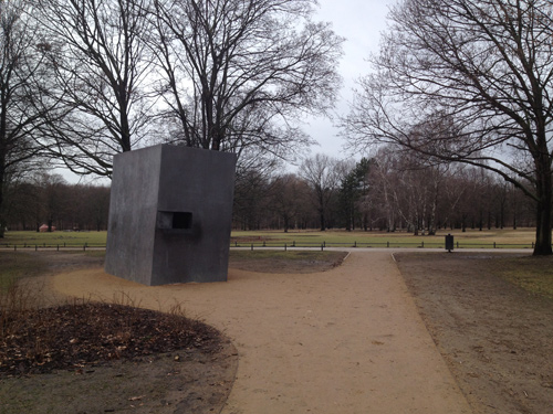 gay berlin, germany, gay eurrope, memorial to the homosexuals persecuted under nazism