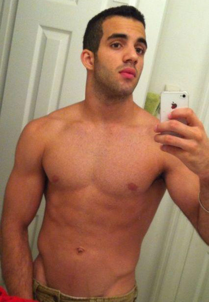 Danell Leyva, sexts, sexy, nude, images, pics, pictures, gymnast, Olympics, shirtless, muscles, underwear, abs, torso