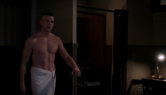 Russell Tovey, Quantico, brief, shirtless, nude, muscles, muscular, sexy, hot, stripping, locker room, underwear, jock