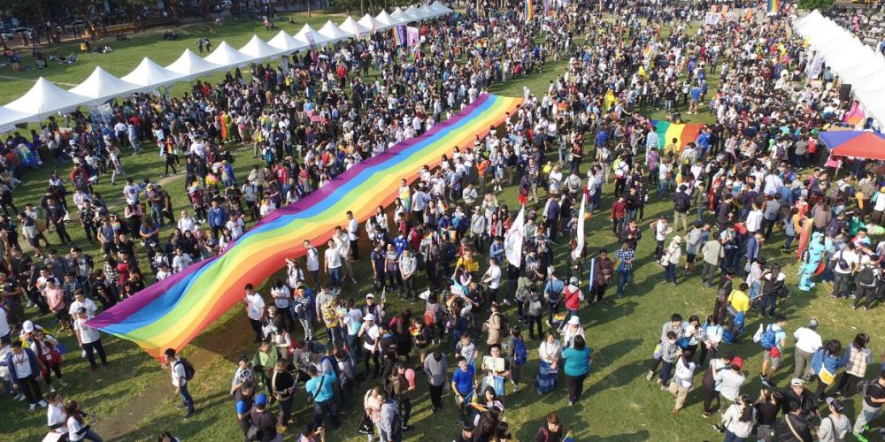 2016台中同志大遊行,破紀錄吸引將近兩萬人上街爭取權益