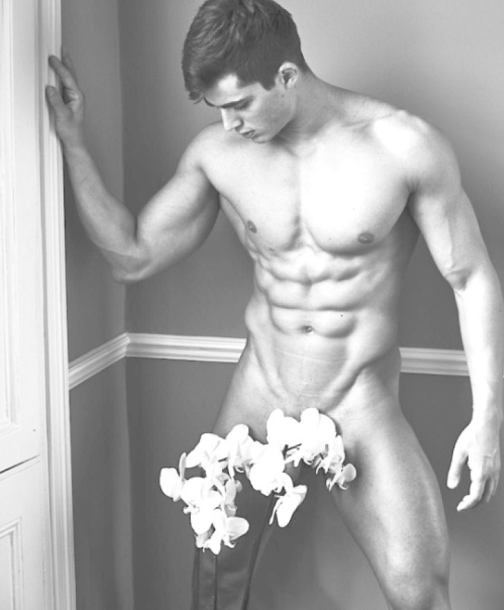 Pietro Boselli, VPL, VPH, visible penis line, visible penis head, sexy, shirtless, model, professor, Italian, muscles, muscular, cock, dick, naked