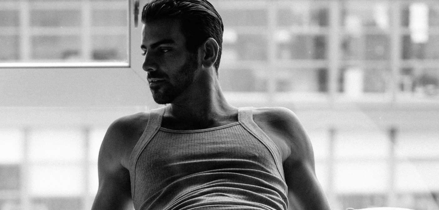 Hot, 'Sexually Fluid' Nyle DiMarco Teaches Us How to Sign 'Resist'