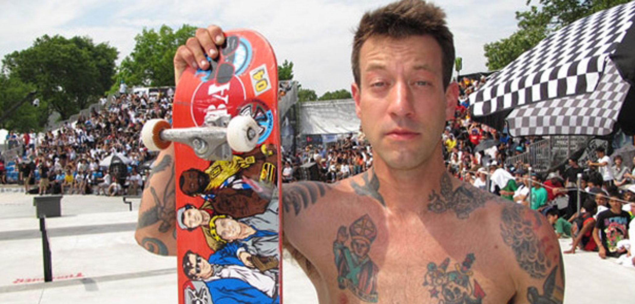 7 Shirtless Pics of Gay Skateboarder Brian Anderson