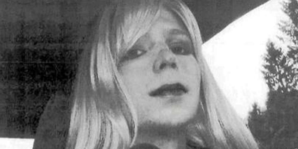 Obama Commutes Chelsea Manning's Sentence, Release Date Set for May 17