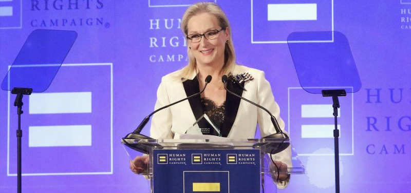 During Her Emotional Speech, Meryl Streep Slams Donald Trump Yet Again (Video)