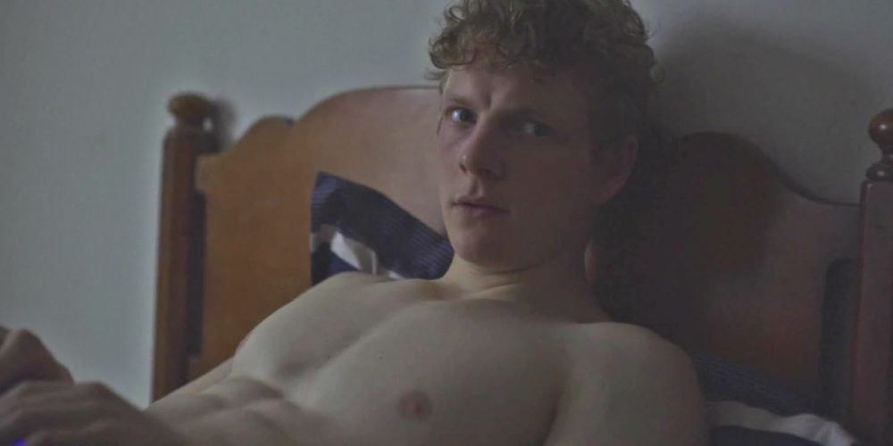 Patrick Gibson of 'The OA' Shows Off His Bountiful Booty (NSFW)