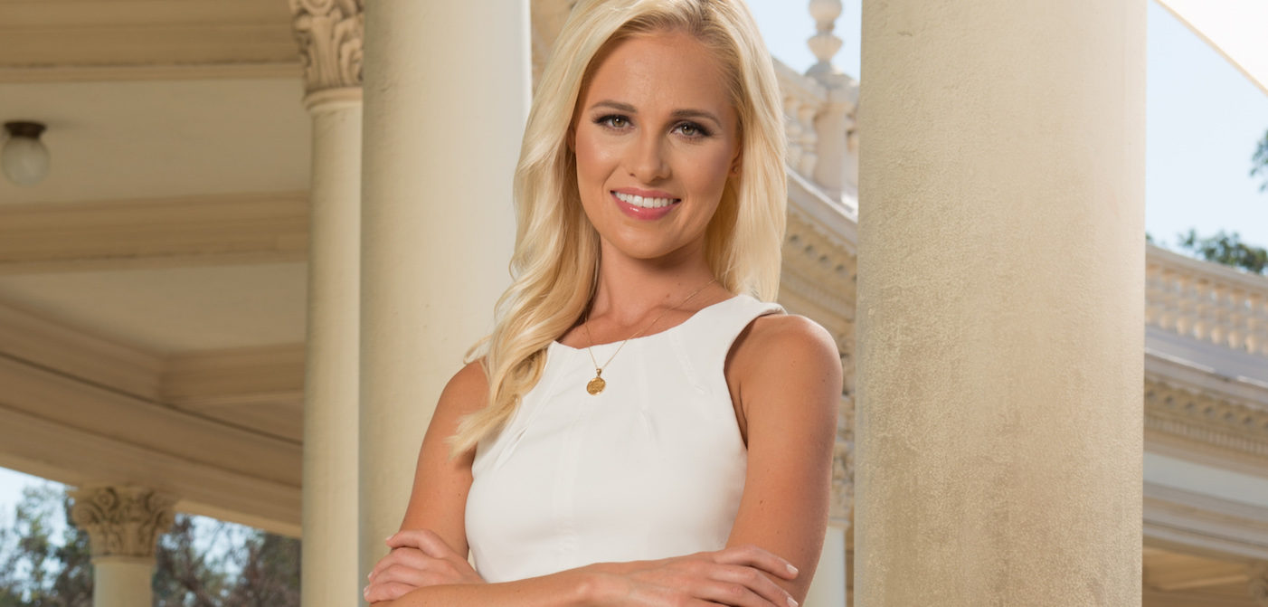 Conservative Darling Tomi Lahren Is Pro-Choice! (But She's Still Gross)