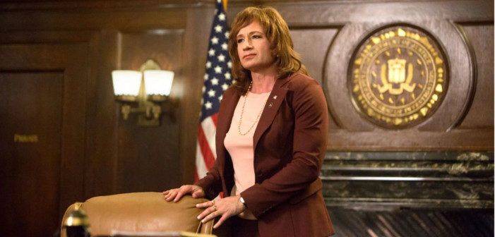 Twin Peaks: David Duchovny Is Back as DEA Agent Denise Bryson