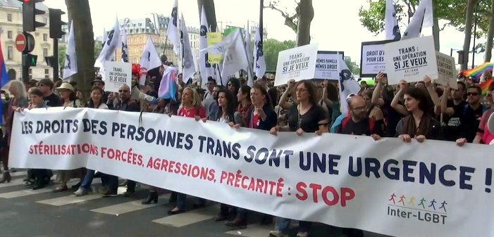Le décret sur le changement d'état civil pour les trans vient d'être publié au Journal Officiel