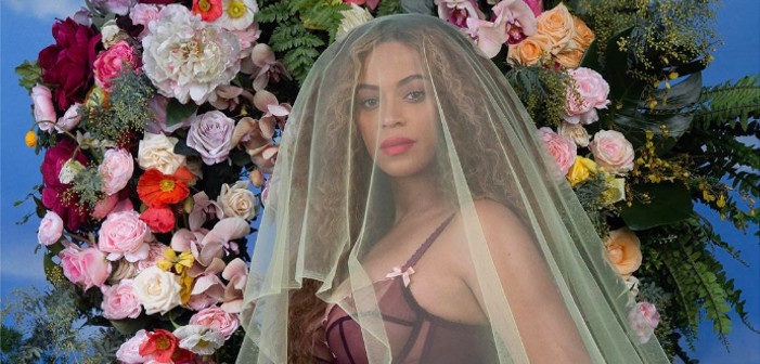 Brie-oncé: Man Sculpts Pregnant Beyoncé Out of Cheese