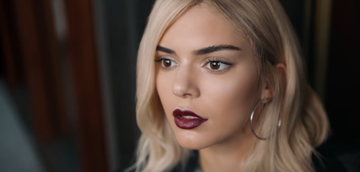 Twitter is Throwing Serious Shade at that Kendall Jenner Pepsi Commercial