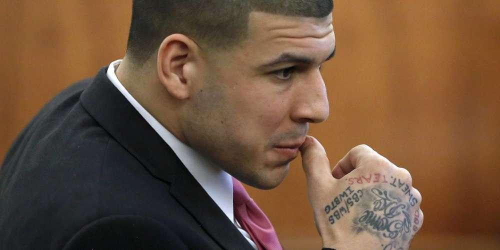 New Details Suggest Aaron Hernandez Was Bisexual, Left Suicide Note For Prison Lover