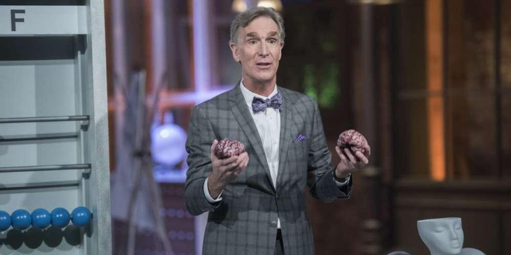 Bill Nye Desenmascara las Terapias de Conversión Gay con una Deliciosa Orgía de Helado!