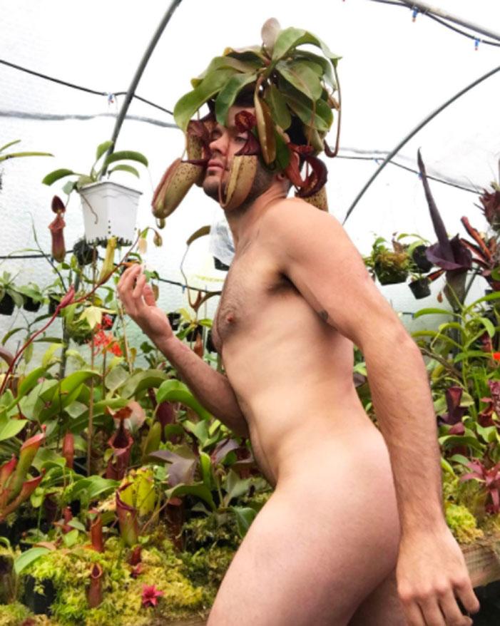 World Naked Gardening Day 2017 05