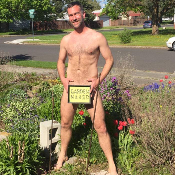 World Naked Gardening Day 2017 02