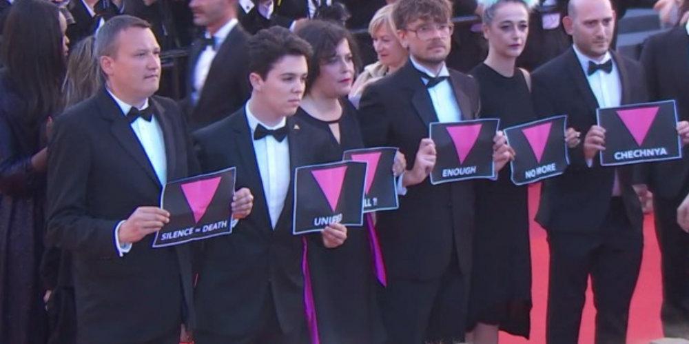 Contre l'homophobie, la montée des marches militante du jury de la Queer Palm à Cannes
