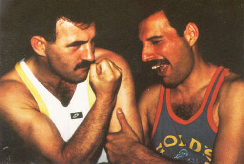 20 Rarely Seen Photos Of Freddie Mercury And His Boyfriend Jim