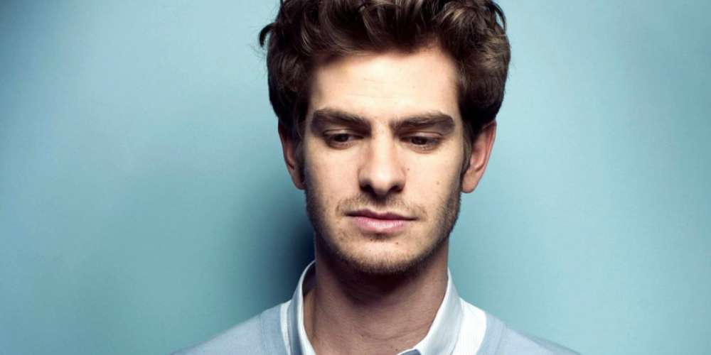 7 Responses to Andrew Garfield's Claim That He's Gay 'Without the Physical Act'
