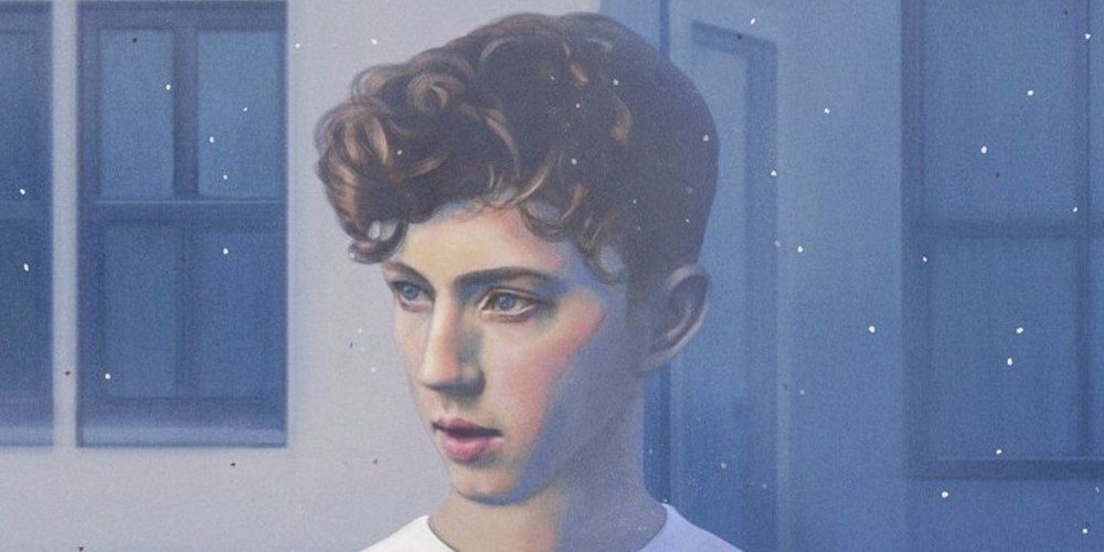 Gay Pop Star Troye Sivan Ditches an AirBnB After a Fan Leaves Him Strange Notes
