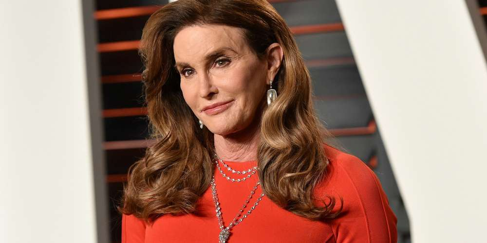 Caitlyn Jenner Spotted Wearing 'Make America Great Again' Hat (Photo)