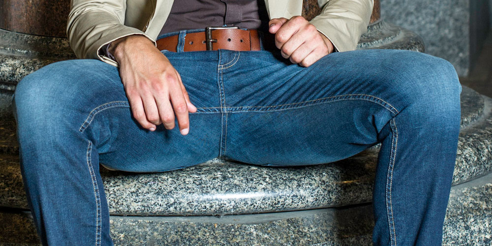 A Female Evolutionary Biologist Isn't Buying the Scientific Excuse for Manspreading