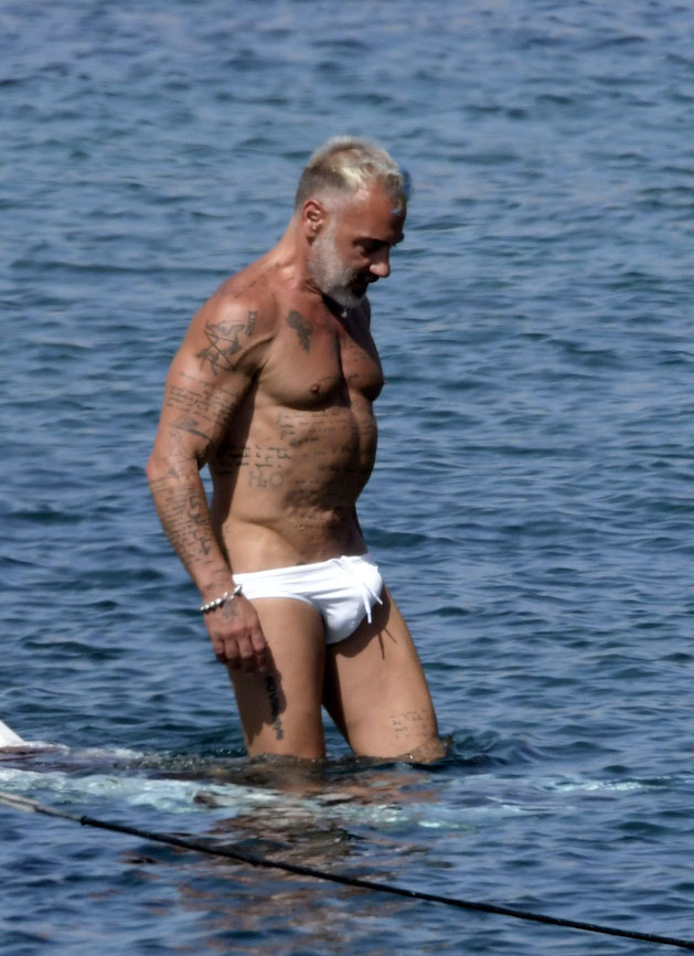 Gianluca Vacchi bulge 10