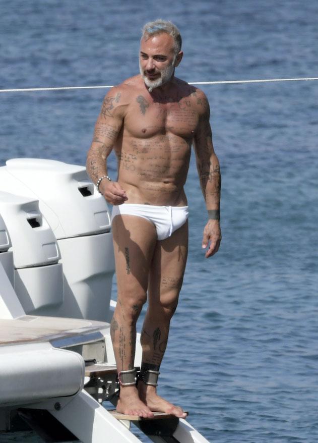 Gianluca Vacchi bulge 11
