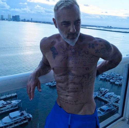 Gianluca Vacchi bulge 22