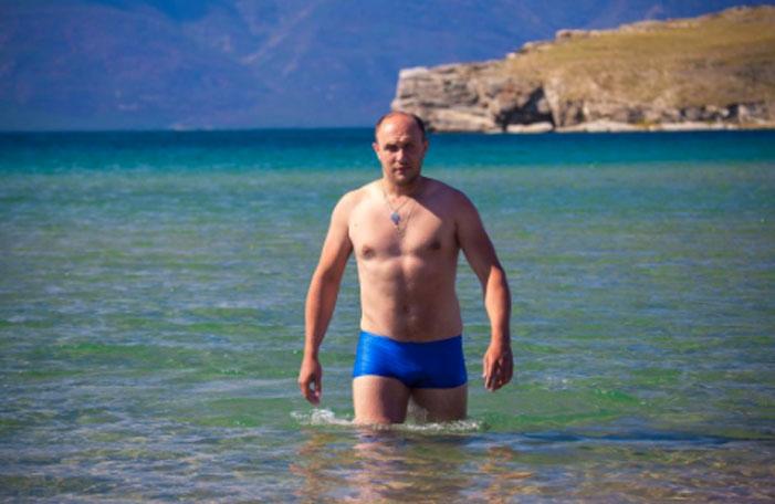 Putin Shirtless Challenge 14