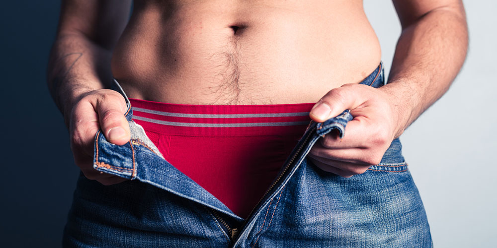25% of Men Who Shave Their Crotches Injure Themselves, But Here's How to Avoid That