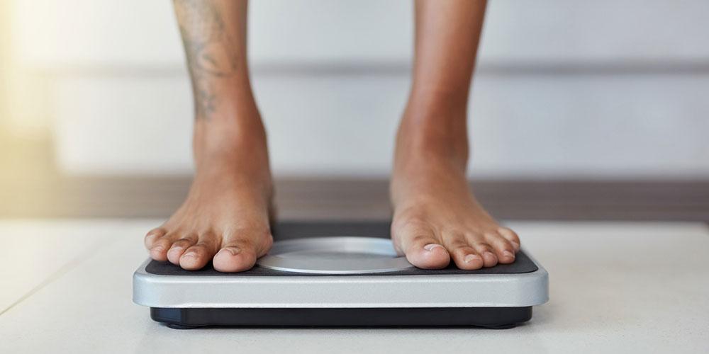 7 infos importantes à retenir sur les hommes gay et bi qui souffrent de troubles alimentaires