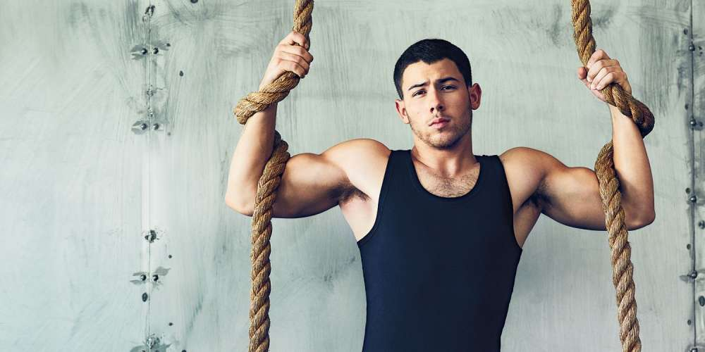 Watch Nick Jonas Read 'Thirsty Tweets' and Admit He's Into Choking