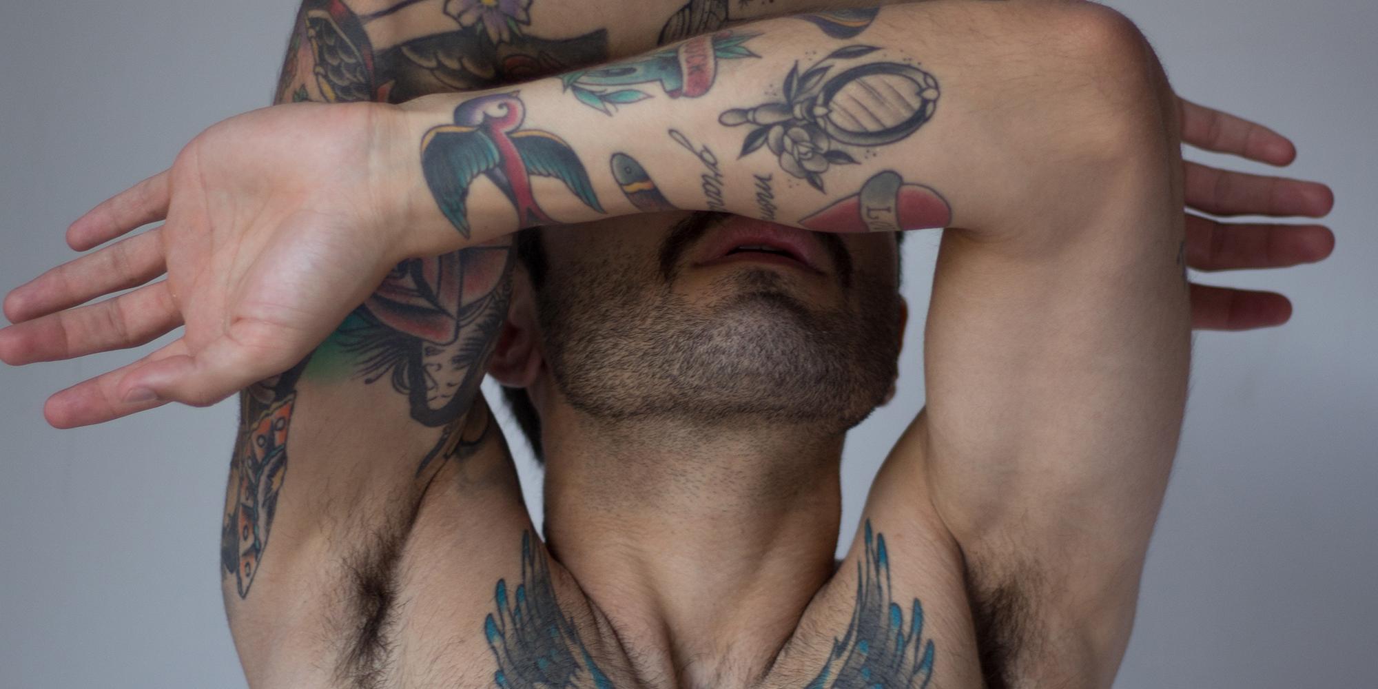 戀愛傾向為其他男人的男人,如果不想被叫GAY,現在有另一個選擇了!