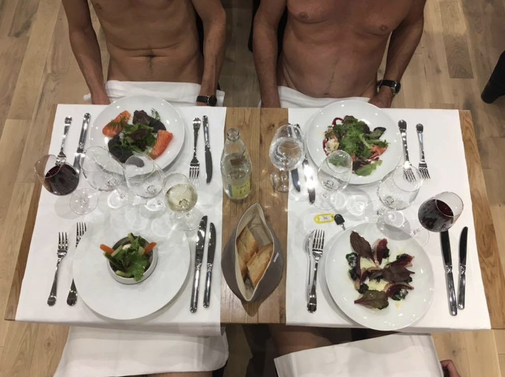 o'naturel nudist restaurant 1
