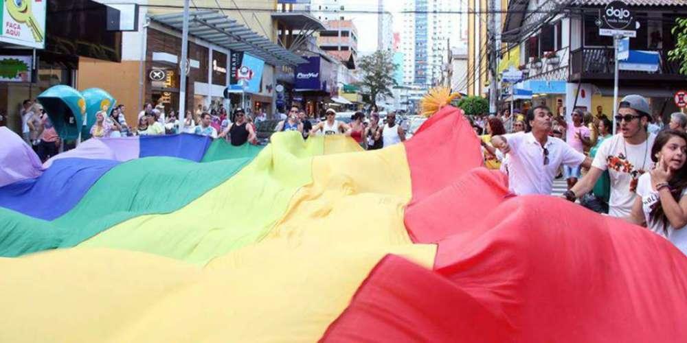 Balneário Camboriú vai ferver com a Parada do Orgulho LGBT neste domingo
